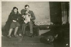 Agatha Christie, Max Mallowan and their dog