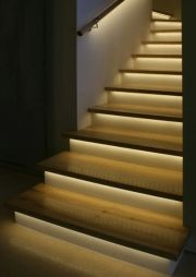 Geef uw traptreden veilig licht met onze leds   Stair Care