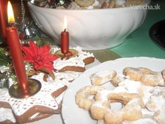Drobné vianočné pečivo (fotorecept) - recept | Varecha.sk Birthday Candles, Candle Holders, Basket, Porta Velas, Candlesticks, Candle Stand