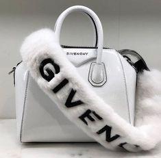Fendi women's leather handbag shopping bag purse petite brown Luxury Bags, Luxury Handbags, Purses And Handbags, Cheap Handbags, Luxury Purses, Popular Handbags, Chanel Handbags, Sacs Design, Louis Vuitton