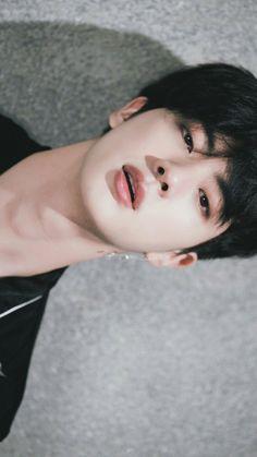 I wonder how much time did God took to make this world wide handsome 💜💜 - BTS - Photopraphy Jimin, Bts Jin, Bts Taehyung, Bts Bangtan Boy, Jungkook Smile, Jungkook Funny, Seokjin, Kim Namjoon, Hoseok