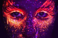maquiagem neon artistica - Pesquisa Google                              …
