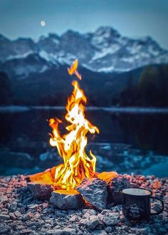 Outdoor Camping Photography Beach Bonfire New Ideas Fire Photography, Camping Photography, Landscape Photography, Outdoor Life, Outdoor Camping, Tent Camping, Camping Packing, Camping Places, Camping Outdoors