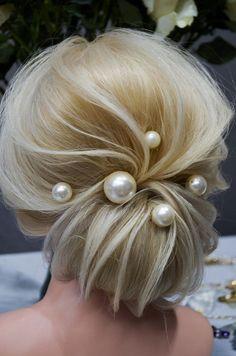 Elegant Wedding Hair, Wedding Hair And Makeup, Wedding Headband, Bridal Hair, Crown Hairstyles, Wedding Hairstyles, Medium Length Updo, Pearl Headpiece, Malva