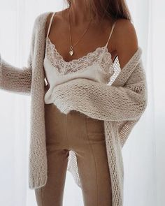 Hate these colors but love the look of the pieces ! Lace cami with cozy oversized cardigan Hate these colors but love the look of the pieces ! Lace cami with cozy oversized cardigan Mode Outfits, Casual Outfits, Fashion Outfits, Womens Fashion, Fashion Clothes, Look Fashion, Autumn Fashion, Fashion Styles, Fashion Mode