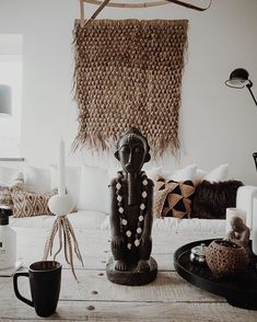 Ethnic boho home decor Ethnic Home Decor, Tribal Decor, African Home Decor, Bohemian Decor, Ibiza Style Interior, Interior Design, African Bedroom, Casa Cook, Love Decorations
