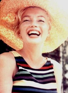 Marilyn at Long Island, 1957.