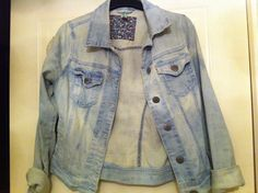 How to Lighten a Denim Jacket With Bleach.