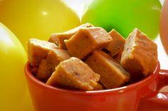 Vegan Caramel Candies - I Rawck Vegan Caramel, Caramel Candy, Raw Vegan Desserts, Candies, Sweet Potato, Vegetables, Easy, Food, Candy