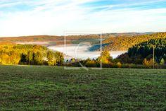 Nebel füllen das Tal - auf http://ronni-shop.fineartprint.de