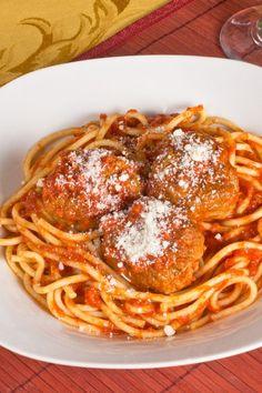 Spaghetti With Bacon Meatballs Dinner #Recipe