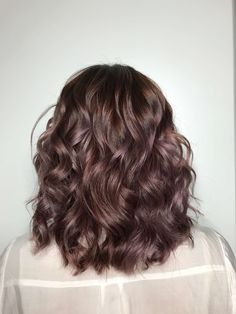 We asked colorist and balayage expert Hannah Edelman of on how best to wear chocolate mauve hair, a.k.a. fall's hottest hair hue.   All Things Hair - From hair experts at Unilever