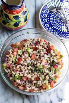 BLACK-EYED PEA SALAD   SAVE   PRINT PREP TIME 15 mins TOTAL TIME 15 mins  INGREDIENTS 3 cups cooked black-eyed peas 2 tomatoes, diced ½ cucumber, peeled and diced ½ red onion, finely chopped ½ cup parsley, chopped 1 Tbsp fresh or dried oregano ¼ cup red wine vinegar ½ cup olive oil ½ teaspoon sugar Salt and Pepper to taste Get Ingredients INSTRUCTIONS  Report this ad  Combine the black-eyed peas, the tomatoes, the cucumber, the red onion and the parsley in a bowl. In a separate bowl…