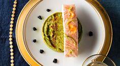 Saumon confit à l'huile d'olive, mousseline de brocolis et gelée de piment d'Espelette par Pierre AugéSaumon confit à l'huile d'olive, mousseline de brocolis et gelée de piment d'Espelette par Pierre Augé