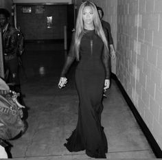 Beyoncé about to get on stage with Ed Sheeran for the Stevie Wonder tribute concert