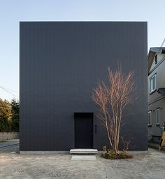 Ant House by mA-style, Japan