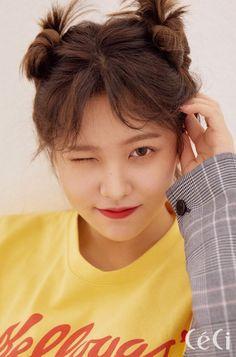 Red Velvet's Yeri on the Cover of CeCi April 2018 Seulgi, Kpop Girl Groups, Korean Girl Groups, Kpop Girls, Irene, Red Velvet Photoshoot, Kim Yerim, Fandom, K Idols