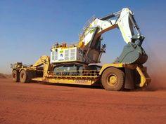Off-highway heavy hauler Heavy Construction Equipment, Heavy Equipment, Tonka Toys, Mining Equipment, Heavy Machinery, Big Rig Trucks, Big Wheel, Dream Machine, Science And Technology