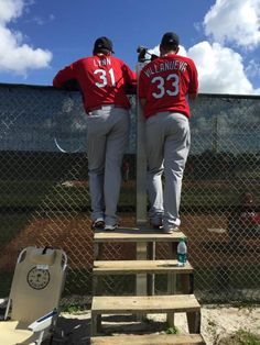 getting a better view of the bullpen session. spring training 2015