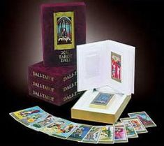 Dali jubileum tarot set .Naar aanleiding van Dali zijn 100ste geboortedag op 11 mei 2004 wordt er aandacht geschonken aan Salvador Felipe Jacinto Dali y Domenech, Mei, Salvador Dali, Oracle Cards, Tarot, Decorative Boxes, Decorative Storage Boxes, Tarot Cards