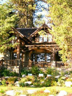 Scissor Log Cabin - McCall Design & Planning