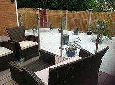 Bespoke stainless steel patio glass balustrade / garden balcony railings .