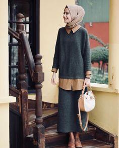 Style Girl Street Sweaters New Ideas Modest Fashion Hijab, Street Hijab Fashion, Casual Hijab Outfit, Hijab Chic, Modest Outfits, Fashion Outfits, Hijab Abaya, Hijab Dress, Muslim Dress