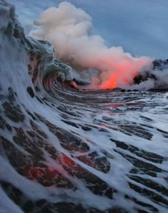 Hawaii Volcano erupting into Pacific by EarthPics
