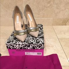 Diane von Furstenberg Bobbie pumps Beautiful suede leather combo heels size 7M. In dusty rose suede platino silver. Worn once. Diane von Furstenberg Shoes Heels