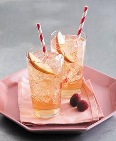 Why not invite over a friend and chat over a glass of our Grand Marnier® Raspberry Peach & Ginger.