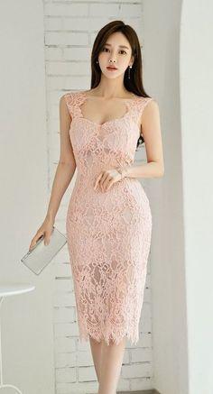 Korean Fashion Dress, Asian Fashion, Fashion Dresses, Pretty Asian, Beautiful Asian Women, Vetement Fashion, Good Looking Women, Stylish Girl Pic, Dress And Heels