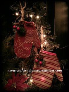 Primitive Mitten Ornaments (Made IN USA)