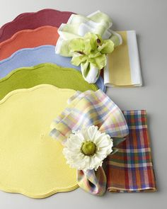 Colorful+Solid+Placemat+&+Patterned+Napkins+by+Deborah+Rhodes+at+Neiman+Marcus.