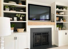 Fireplace Update, Fireplace Hearth, Fireplace Remodel, Fireplace Mantle, Living Room With Fireplace, Fireplace Ideas, Fireplace Diy Makeover, Fireplace Seating, Wood Mantle