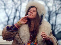 """""""Janis Joplin – Little Girl Blue"""": Den Schmerz herausgeschrien - Regisseurin Amy Berg widmet der """"Göttin des Blues"""" eine klassisch aufgebaute Musikdokumentation. Zur Filmkritik: http://www.nachrichten.at/freizeit/kino/filmrezensionen/Janis-Joplin-Little-Girl-Blue-Den-Schmerz-herausgeschrien;art12975,2098250 (Bild: Arsenal)"""