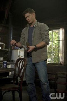 """""""The Born-Again Identity"""" - Jensen Ackles as Dean in SUPERNATURAL on The CW.  Photo: Ed Araquel/The CW©2012 The CW Network, LLC. All Rights Reserved."""