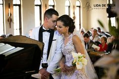 A beautiful wedding at Avianto wedding venue by professional wedding photographers André and Lida de Beer for Chanel and Marcio. Tie The Knots, Wedding Venues, Chanel, Wedding Dresses, Beautiful, Tying The Knots, Wedding Reception Venues, Bride Dresses, Wedding Places