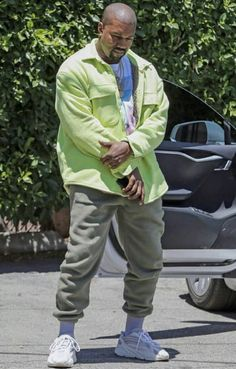 Hip Hop Look, Style Hip Hop, Kanye West Outfits, Kanye West Style, Kanye West Wallpaper, Yeezy Fashion, Yeezy Outfit, Hip Hop Fashion, Dope Outfits
