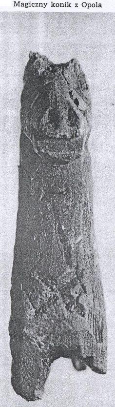 Drewniana figurka konia z Opola, X w. Polska