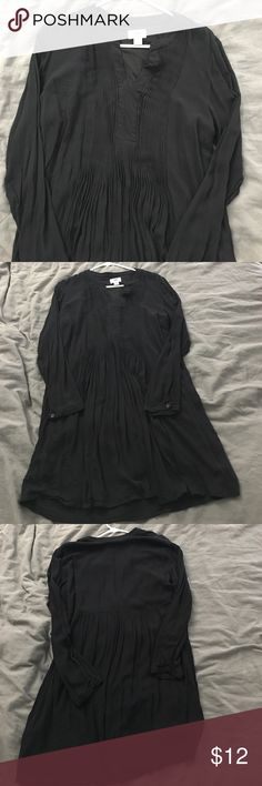 Black Dress Worn only once! In perfect condition. Dress is not see through. A slip is sewn into the bottom. (Dress came that way). Make an offer! Old Navy Dresses Midi