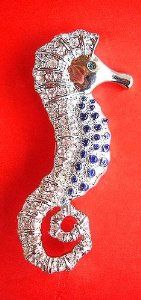 Amazon.com: Vintage Style Seahorse Austrian Crystals Pin: Jewelry