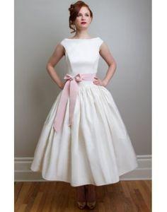 Elegant Boatneck Bow Tea Length Wedding Dress White