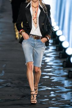 Saint Laurent Puts a Parisian Spin on Festival Style for Spring 2020 - Fashionista Mode Outfits, Short Outfits, Chic Outfits, Fashion Outfits, Womens Fashion, Look Jean, Denim Look, Fashion 2020, Look Fashion
