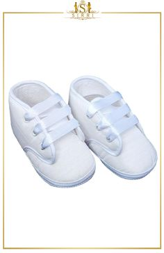 BABY BOYS FORMAL WHITE LACE UP CHRISTENING SHOES / BOOTIES. Shop now at SIRRI kids #shoes for boys ideal for #wedding #communion online...Elegant fashion for children and men. #fashion #shopping