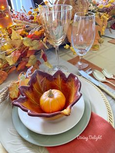 Dining Delight: Thanksgiving Tablescape for a Small Gathering Thanksgiving Table Settings, Thanksgiving Tablescapes, Thanksgiving Feast, Homemade Buns, Falling Skies, Basket Tray, Leaf Bowls, Chocolate Dreams