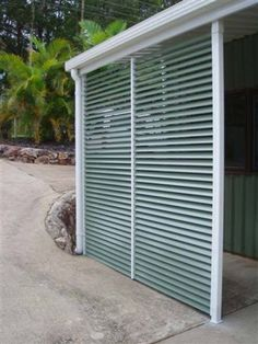 Carport - Quick instal kits Aluminium powdercoated screen with louvre blades in Wilderness®