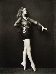Ziegfeld girl Leslie Doree