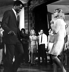 """Sidney Poitier and Judy Geeson dancing in """"To Sir With Love"""" – my favourite scene in any film ever. Old Movies, Vintage Movies, Great Movies, Vintage Stuff, Love Movie, Movie Tv, Classic Hollywood, Old Hollywood, Judy Geeson"""