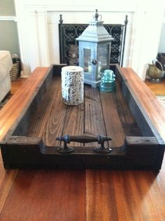 Large Reclaimed Dark Stained Wood Serving Tray/Shoe Tray with Metal Handles – Pallet Projects Pallet Crafts, Pallet Projects, Woodworking Projects, Diy Projects, Woodworking Beginner, Woodworking Toys, Pallet Ideas, Woodworking Organization, Pallet Designs