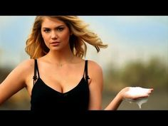 Kate Upton 'Washes' Mercedes-Benz In New Commercial